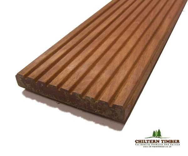 Hardwood decking balau hardwood grooved decking 28 x for Smooth hardwood decking boards